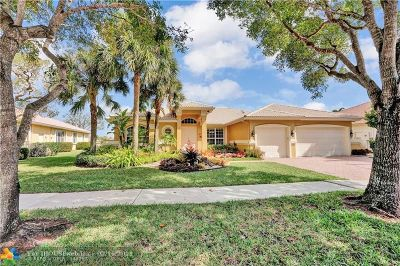Cooper City Single Family Home For Sale: 5076 Waters Edge Way