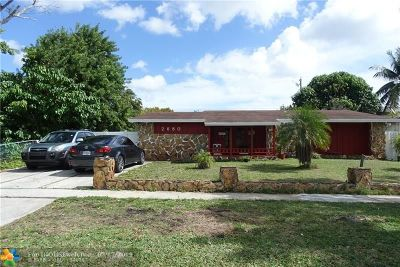 Lauderhill Single Family Home For Sale: 2680 NW 42nd Ave