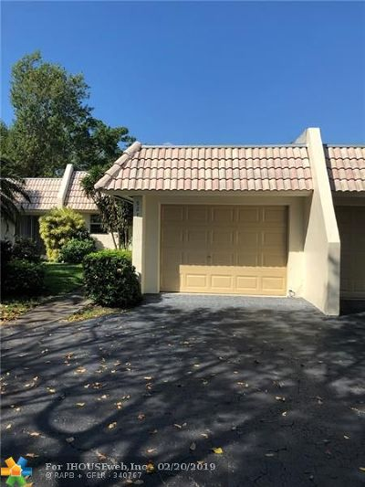 Pompano Beach Single Family Home For Sale: 927 Cypress Grove Dr