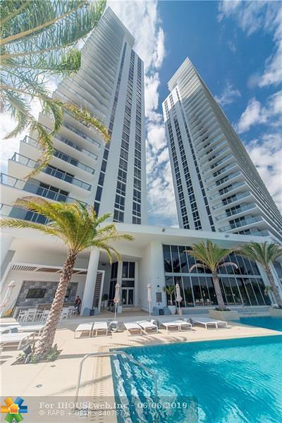 North Miami Beach Condo/Townhouse For Sale: 16385 Biscayne Blvd #2117
