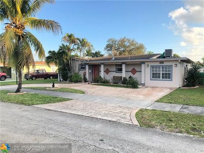 Pembroke Pines Single Family Home For Sale: 6780 SW 10th Ct