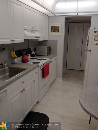 Lauderhill Condo/Townhouse For Sale: 3821 Environ Blvd #308