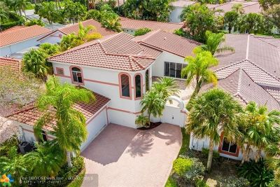 Pembroke Pines Single Family Home For Sale: 1071 W Bel Aire Dr