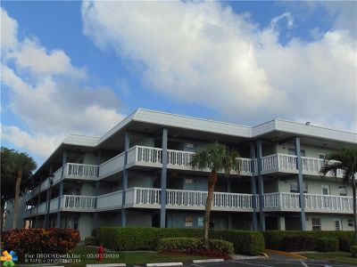 Boca Raton Condo/Townhouse For Sale: 9880 Marina Blvd #1520