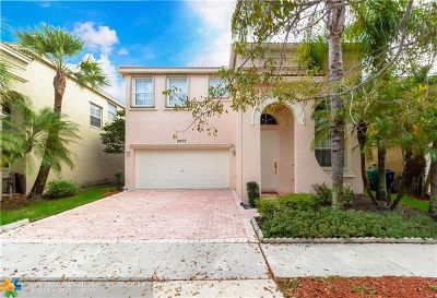 Miramar Single Family Home For Sale: 15572 SW 54th Ct