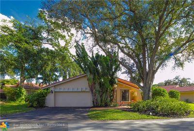 Deerfield Beach Single Family Home For Sale: 604 Hollows Circle