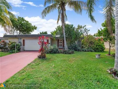 Broward County Single Family Home For Sale: 7006 NW 64 Street