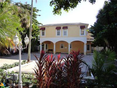 Deerfield Beach Condo/Townhouse For Sale: 1942 NE 2nd St #1942