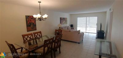 Lauderhill Condo/Townhouse For Sale: 5860 NW 44th St #504