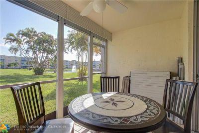 Dania Beach Condo/Townhouse For Sale: 206 SE 10th St #104