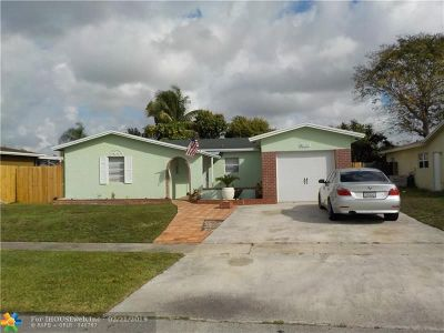 North Lauderdale Single Family Home For Sale: 8121 SW 9th St