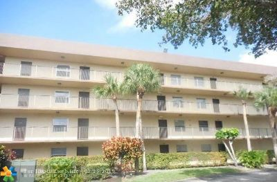 Lauderdale Lakes Condo/Townhouse Backup Contract-Call LA: 3161 NW 47th Ter #413