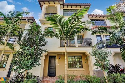 Broward County Condo/Townhouse For Sale: 11328 SW 15th St #11328
