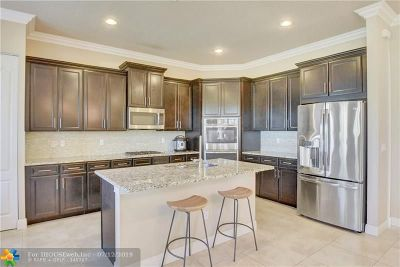 Parkland Single Family Home For Sale: 8641 Waterside Ct