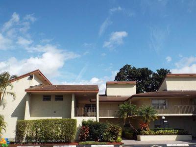 Tamarac FL Condo/Townhouse For Sale: $145,000
