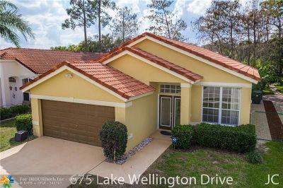 Wellington Single Family Home Backup Contract-Call LA: 675 Lake Wellington Dr