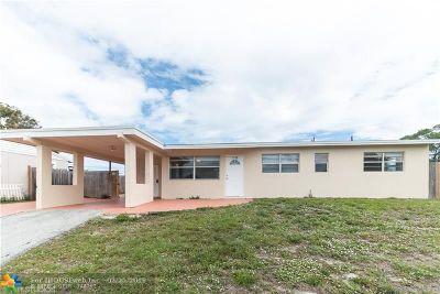 Boynton Beach Single Family Home For Sale: 1536 N Seacrest Bl