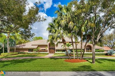 Parkland Single Family Home For Sale: 7011 Hialeah Lane