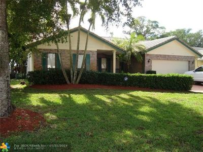 Coral Springs Single Family Home For Sale: 7202 NW 38th St