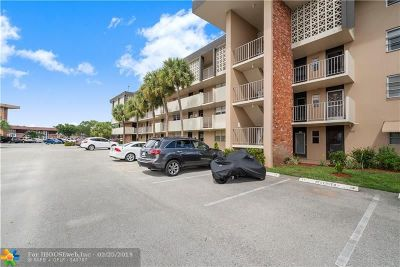 Lauderdale Lakes Condo/Townhouse For Sale: 3051 NW 46th Ave #409