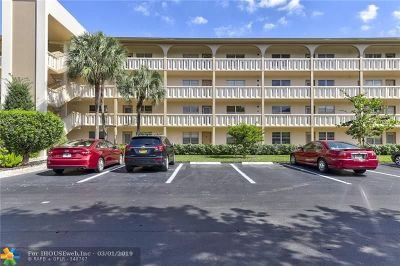 Coconut Creek Condo/Townhouse For Sale: 3306 Aruba Way #J4