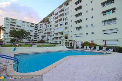 Lauderdale By The Sea Condo/Townhouse For Sale: 1850 S Ocean Blvd #707