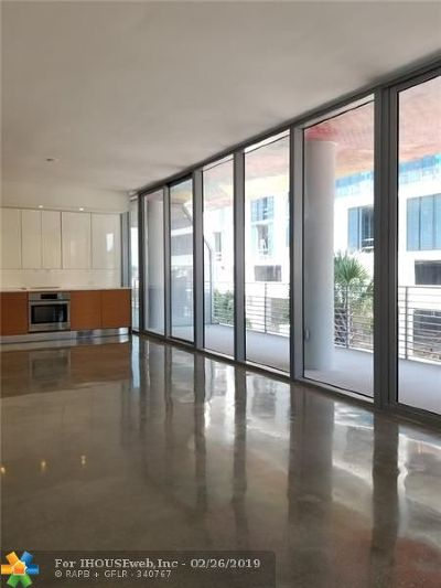 Miami Condo/Townhouse For Sale: 250 NW 24th St #2B