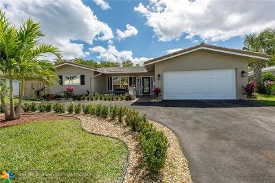 Deerfield Single Family Home For Sale: 1440 SE 14th Ct