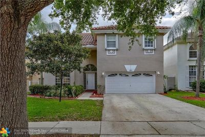 Cooper City Single Family Home For Sale: 2833 Cayenne Ave