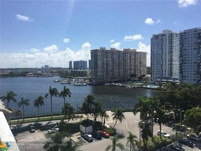 Aventura Condo/Townhouse For Sale: 2801 NE 183rd St #903W