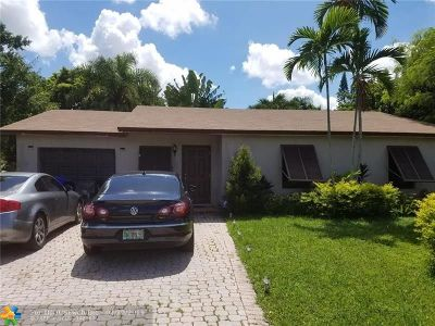 North Lauderdale Single Family Home For Sale: 8012 SW 4th Pl