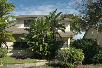 Boca Raton Condo/Townhouse For Sale: 9343 Ketay Cir #9343