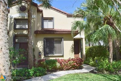 Plantation Condo/Townhouse For Sale: 10511 NW 10th Ct #B