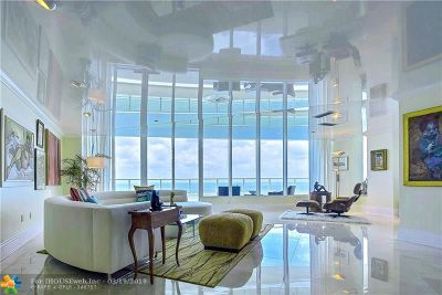 Broward County Condo/Townhouse For Sale: 1 N Ft Lauderdale Beach Blvd #2004