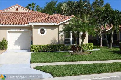 Boynton Beach Condo/Townhouse For Sale: 8064 Key West Lane #8064