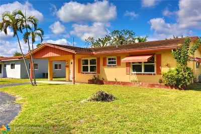 Oakland Park Single Family Home For Sale: 1719 NW 38th St