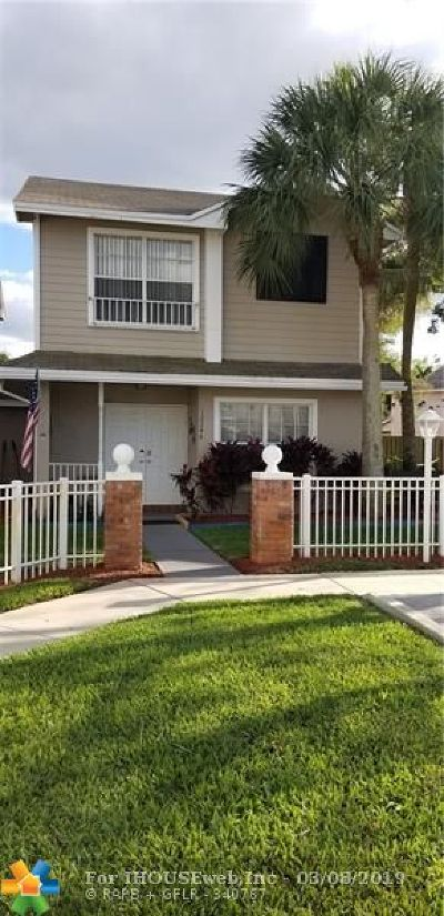Sunrise Condo/Townhouse For Sale: 12246 NW 36th Pl #12246