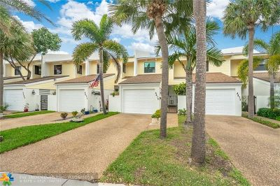 Lauderdale By The Sea Condo/Townhouse For Sale: 4473 Poinciana St