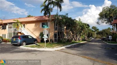 Wilton Manors Condo/Townhouse For Sale: 1940 NE 2nd Ave #210J