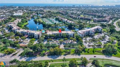 Delray Beach Condo/Townhouse For Sale: 2025 Lavers Cir #D504