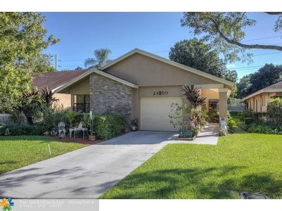 Coconut Creek Single Family Home For Sale: 2450 Ginger Ave