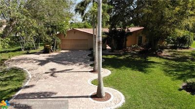 Coral Springs Single Family Home For Sale: 3901 NW 101st Dr