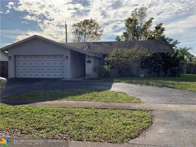 Sunrise Single Family Home For Sale: 2771 NW 108th Ter