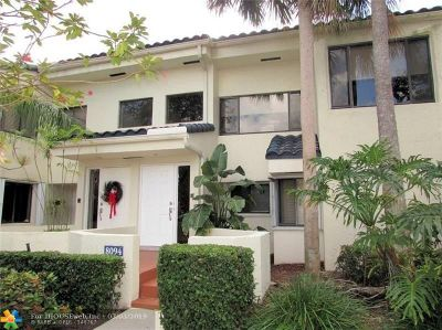 Plantation Condo/Townhouse For Sale: 8094 NW 15th Mnr #8094