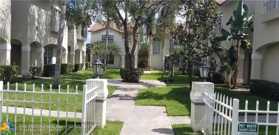 Pembroke Pines Condo/Townhouse For Sale: 409 NW 109th Ave