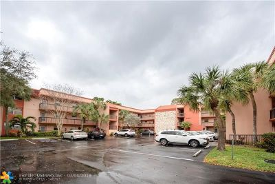 Margate Condo/Townhouse For Sale: 3160 Holiday Springs Blvd #7-112