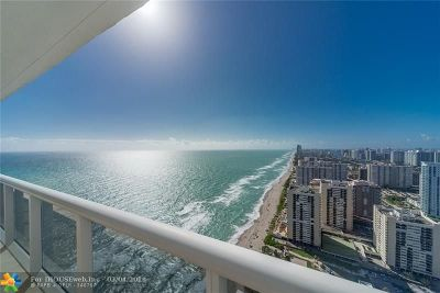 Hallandale Condo/Townhouse For Sale: 1830 S Ocean Dr #4202