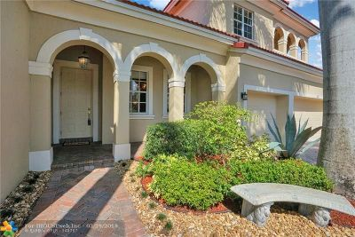 Coral Springs Single Family Home For Sale: 864 NW 123 Drive