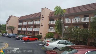 Sunrise Condo/Townhouse For Sale: 9541 Sunrise Lakes Blvd #104
