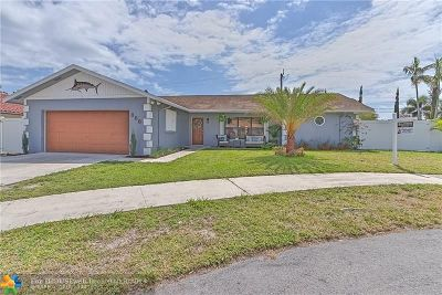 Deerfield Beach Single Family Home For Sale: 888 SE 13th St
